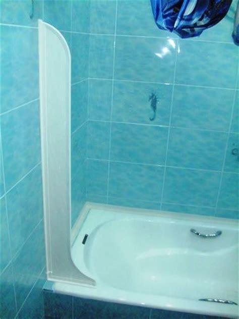 Badewanne Spritzschutz Wand by 17 Best Images About Bathroom Redo Ideas On