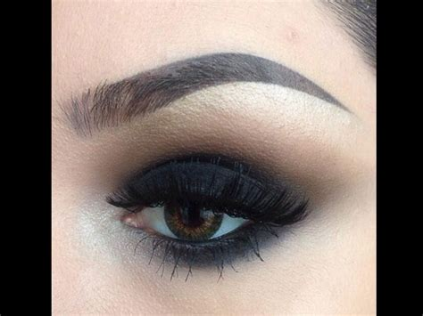 Eyeshadow Or Eyeliner get smokey makeup tips boldsky