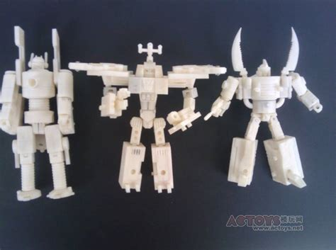 Kaos 3d Optimus Prime hearts of steel insecticon custom images not mmc