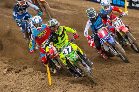 ama national motocross roczen en savatgy winnen ama national opener in hangtown