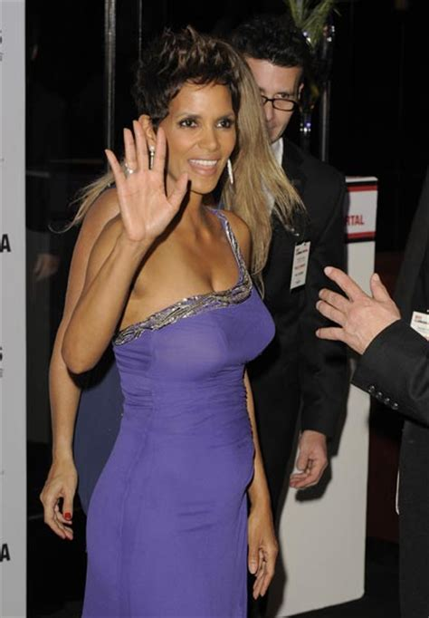 Halle Berry Sporting Baby Bump On Instyle Magazine by Halle Berry The Shows Bump At