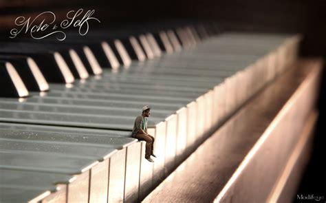 tutorial piano photograph create a surreal miniature portrait post production