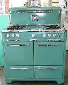 vintage looking kitchen appliances 25 best ideas about retro kitchen appliances on pinterest