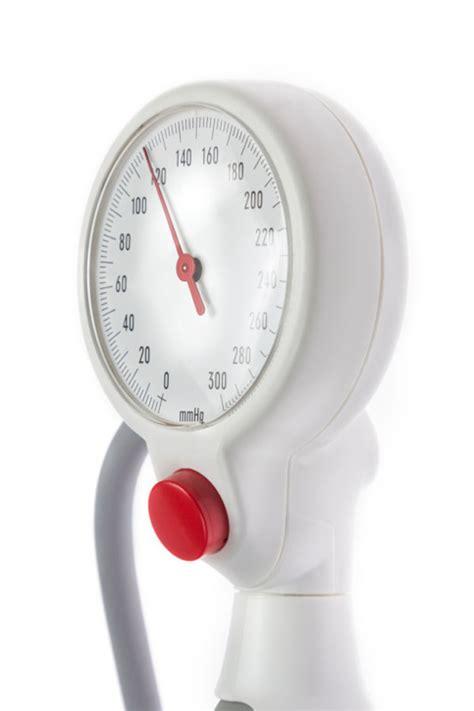 giramenti di testa e pressione bassa la pressione bassa allunga la vita letteraf