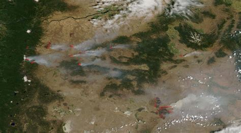 map of oregon wildfires august 2014 numerous wildfires rage in and pacific northwest