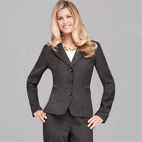 career clothing for women over 50 best career clothes for women over 50 17 best images about