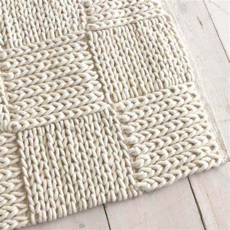knitted rug pattern best 25 knit rug ideas on crochet carpet knitted rug and knitting