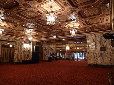cadillac place chicago cadillac palace theatre in chicago il cinema treasures