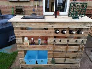 build your own patio bar diy your own pallet patio furniture decor around