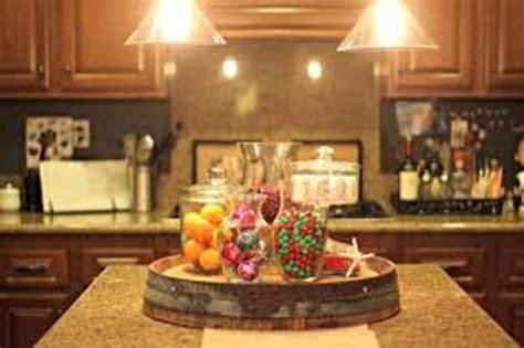 decorate  kitchen island  christmas  ways