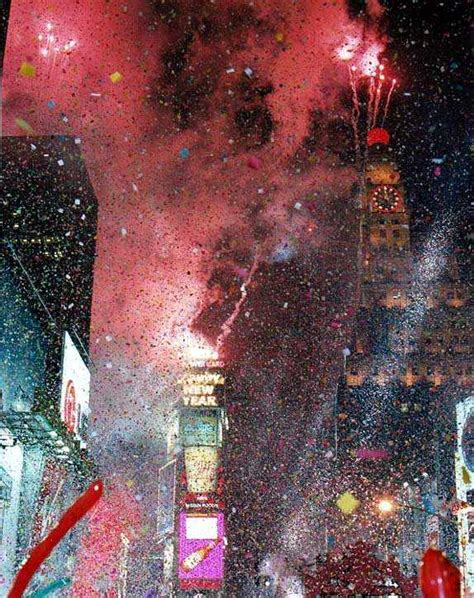 new year 2000 year of the midnight in times square 2000
