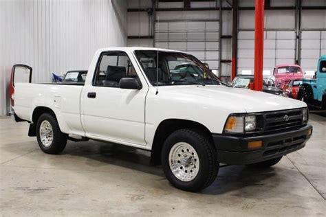 white toyota truck 1992 toyota 1742 white truck 2 4l l4 5