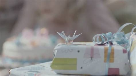 Origami Commercial - wrigley gum commercial fubiz media