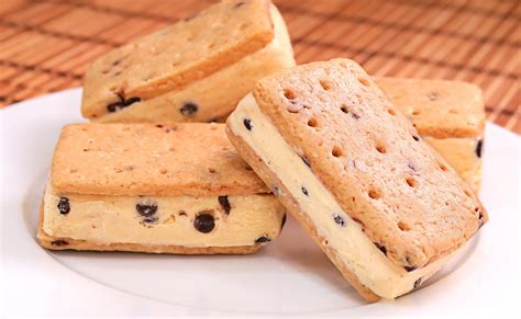 sandwich helado de cereza heladera s 225 ndwich helado con galletas chocolate chip cookies