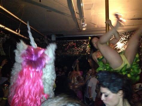 disco tube behind boat clubs ilbonito blog 2007 page 4