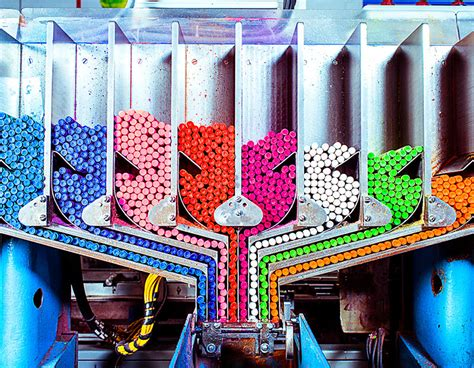 how are colors made inside the rainbow factory where crayola crayons are made