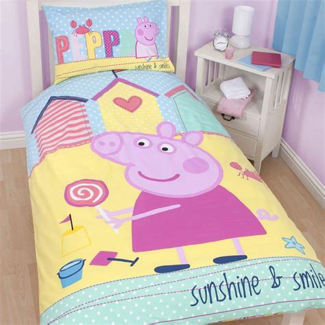 pig bedroom decor peppa pig bedding bedroom decor duvets wall stickers lighting curtains ebay