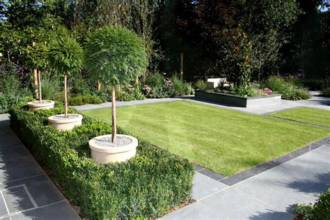 Design A Garden by In With Choice For Garden Design In