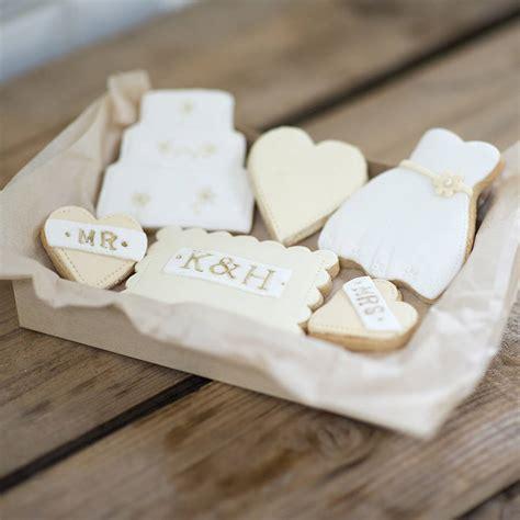 Wedding Cookies by Personalised And Groom Wedding Cookies By Nila