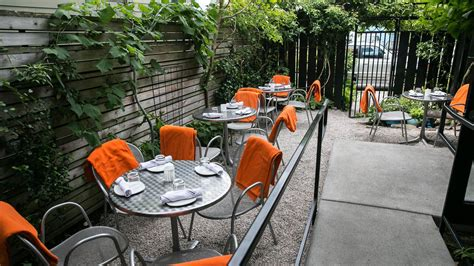 great spots for outdoor dining and in seattle