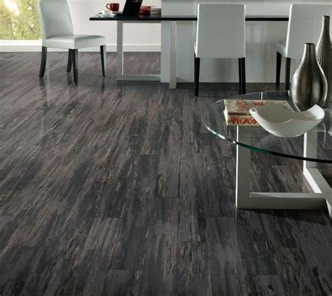 Which Cleaner Works Best On Laminate Flooring - grey laminate flooring maintain and cleaning tips