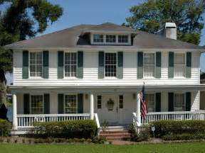 front porches on colonial homes colonial style hgtv