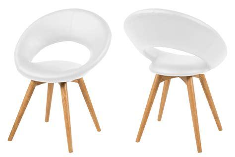 fauteuil cuir blanc design fauteuil design en cuir blanc et pi 232 tement bois mule mykaz