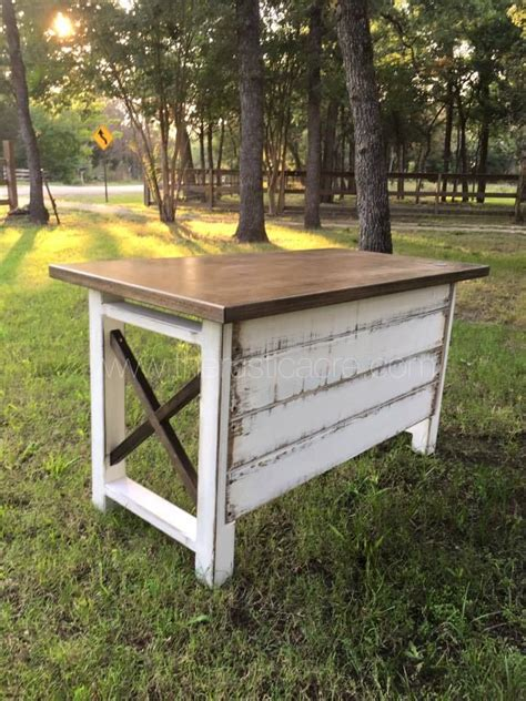Farm Desk by 25 Best Ideas About Rustic Desk On Reclaimed
