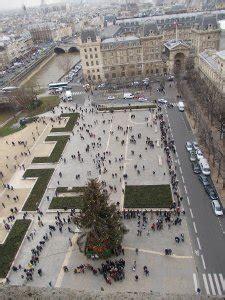notre dame ingresso cattedrale di notre dame vacanze parigine