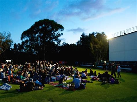 cineplex the park perth attractions that are free for little kids