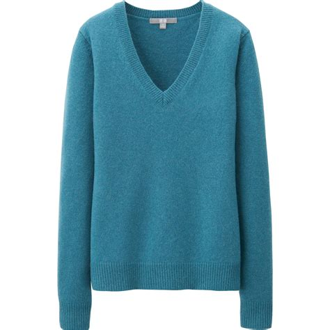 Uniqlo Sweatshirt Vintage Sweater 1 uniqlo blue lambswool blend v neck sweater lyst