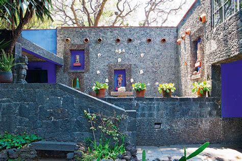 casa azul frida kahlo frida kahlo s casa azul in coyoac 225 n mexico yellowtrace