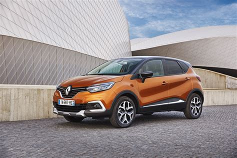 renault captur 2017 2017 renault captur facelift gets extensive photo gallery