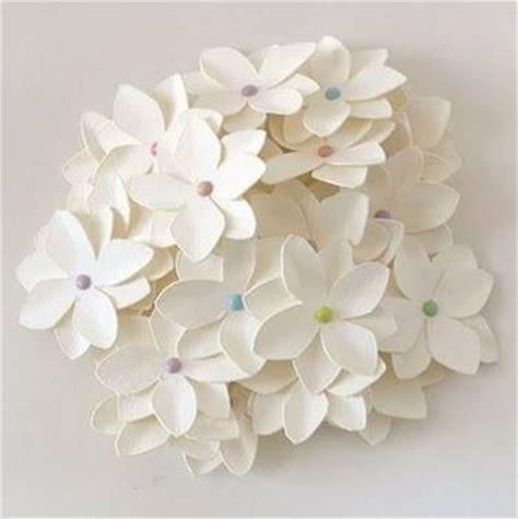 fiori in carta realizzare fiori di carta fiori di carta come