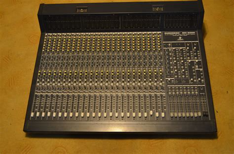 Mixer Eurodesk behringer eurodesk mx9000 image 751712 audiofanzine