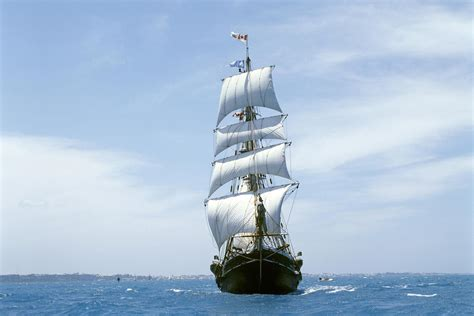 Las Sail 220 Pcs sailing ship hd wallpaper and background 1999x1333 id 361795