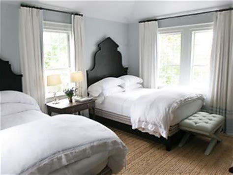 let s do it in my twin bed out of curiosity two twin beds in a guest bedroom