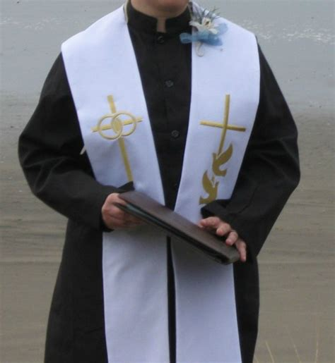 Wedding Officiant Attire by What Is Your Officiant Wearing Weddingbee