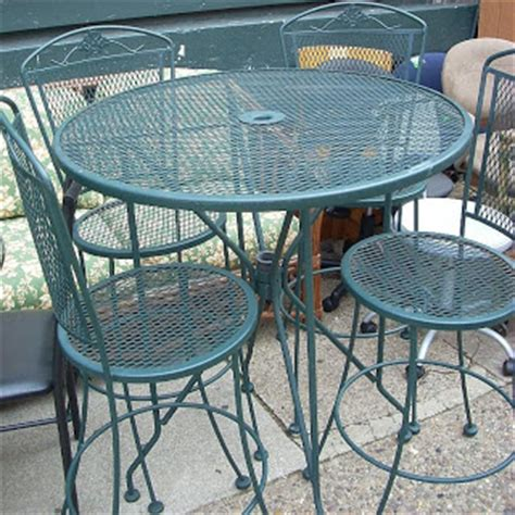 Uhuru Furniture Collectibles Green Wrought Iron High Green Wrought Iron Patio Furniture