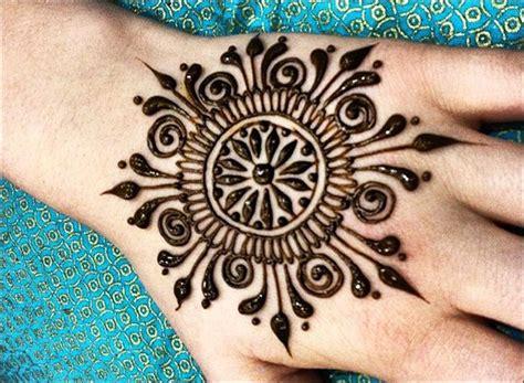 11 rangoli mehndi designs that ll make you fall in love