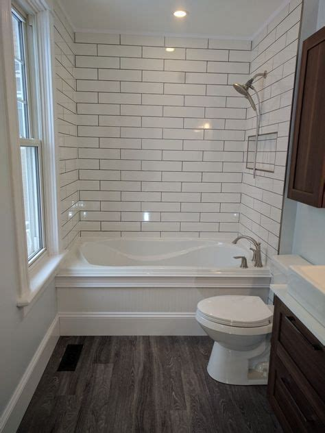 badezimmer vanity hocker die besten 25 wei 223 e subway fliesen ideen auf