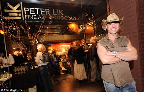 peter liks phantom photograph  arizona canyon sells   daily mail