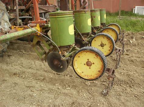 john deere 70 or 71 planter units yesterday s tractors