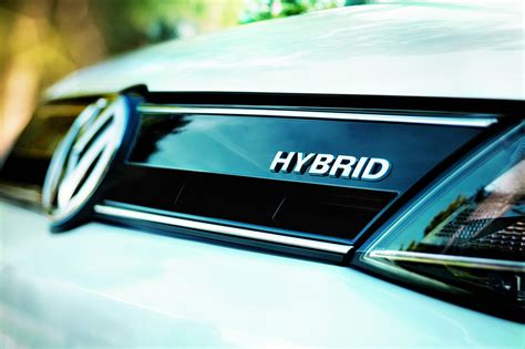 hybrid cars hybrid vehicles are the way forward ctek battery chargers
