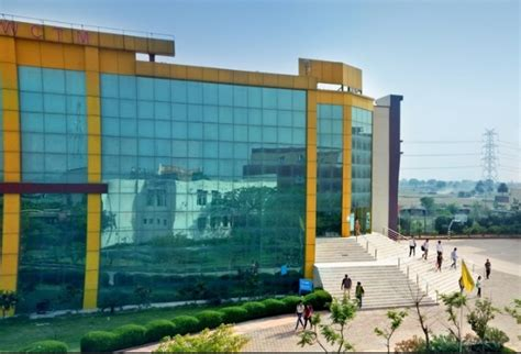 Mba Colleges In Gurgaon With Fee Structure by Fees Structure And Courses Of World College Of Technology