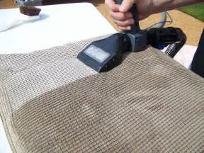 upholstery cleaning services by cleaning experts