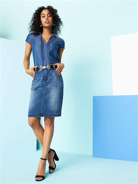 what s the best top to wear with a jean skirt stitch