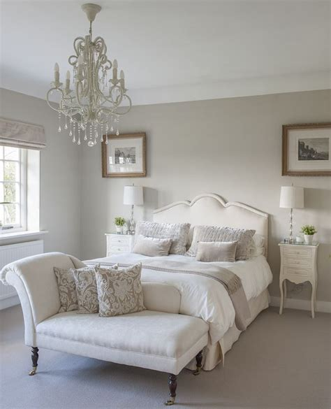 french word for bedroom a classic chaise longue in a guest bedroom interiors