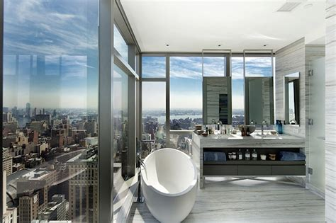 tom brady bathroom for rent tom brady gisele bundchen s pricey pied a terre