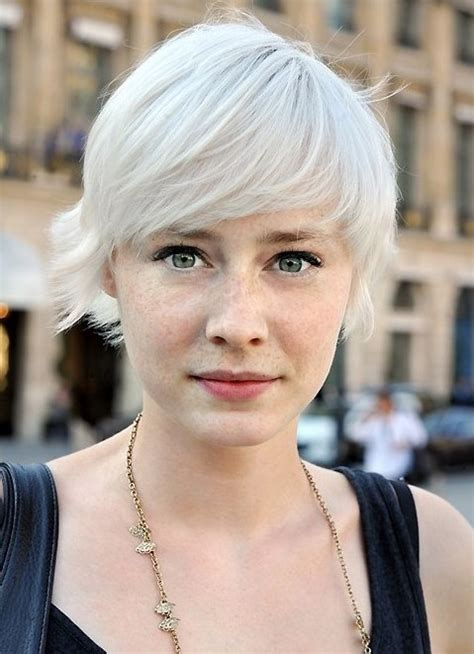 hairstyles for short blonde hair 35 summer hairstyles for short hair popular haircuts